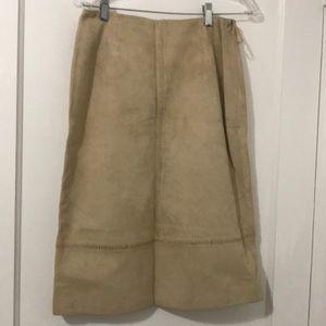 Anne Klein Tan/Beige Suede Skirt—EUC, Size 6.